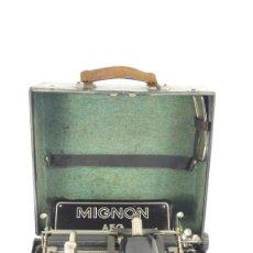 Antigüedades: RARISIMA MAQUINA DE ESCRIBIR MIGNON, PLEGABLE Y TECLADO FRAKTUR TYPEWRITER SCHREIBMASCHINE. Lote 288726513