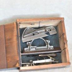 Antigüedades: CEPILLO METÁLICO RECORD 043 COMPLETO MADE IN ENGLAND CON CAJA Y 5 CUCHILLAS UNA ORIGINAL. Lote 288726638
