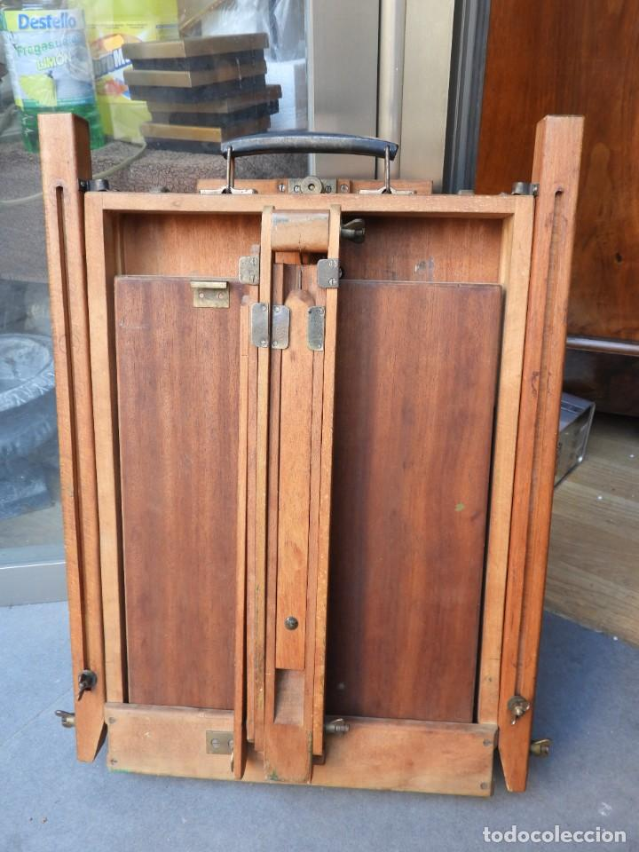 Antigüedades: CABALLETE ANTIGUO PLEGABLE DE PINTOR CON LA PALETA - Foto 5 - 288731593