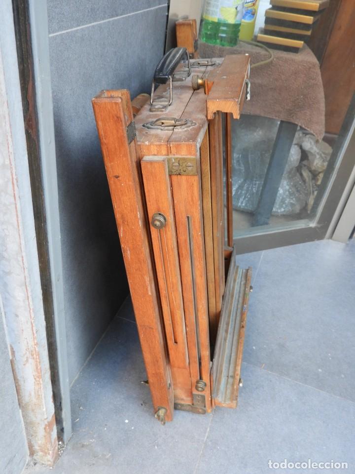 Antigüedades: CABALLETE ANTIGUO PLEGABLE DE PINTOR CON LA PALETA - Foto 6 - 288731593
