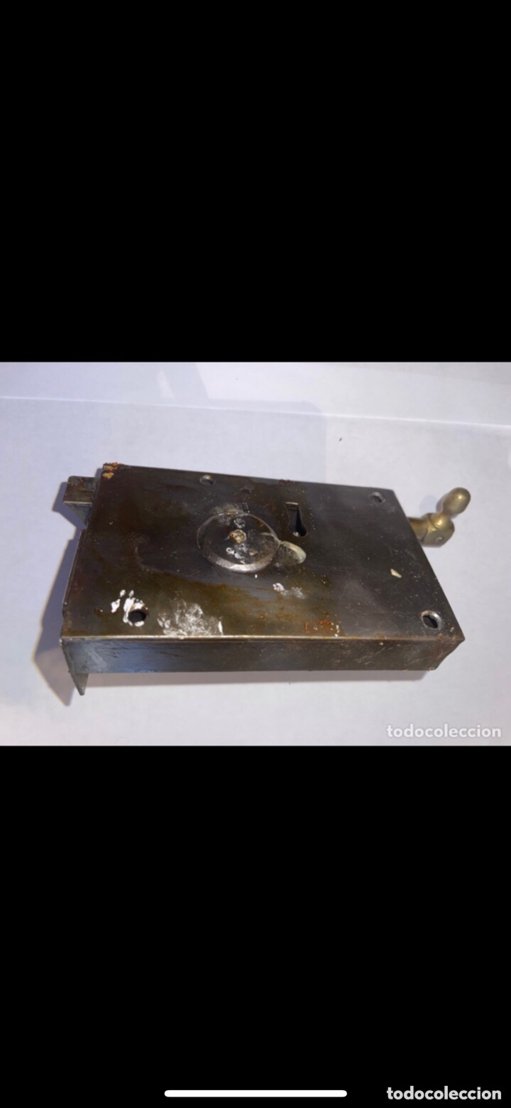 Antigüedades: CERRADURA SIGLO XX CON DOS LLAVES - Foto 2 - 288877088