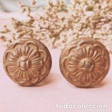 Antigüedades: ANTIGUOS POMOS TIRADORES ORNAMENTADOS (PRECIO PAREJA) ANTIQUE UNIQUE. Lote 288886928