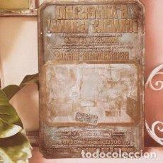 Antigüedades: ENORME PLACA DE IMPRENTA ANTIGUA ANTIQUE UNIQUE. Lote 288949493