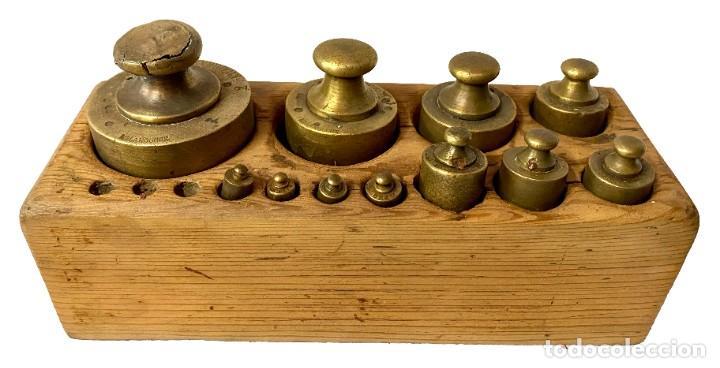 Antigüedades: Antiguo conjunto de pesos de bronce para balanza. Ponderales. Restaurado. 25x10x8 - Foto 3 - 288157393
