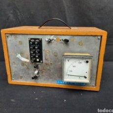 Antigüedades: ANTIGUO Y RARO APARATO DE ELECTRICIDAD. Lote 289305643