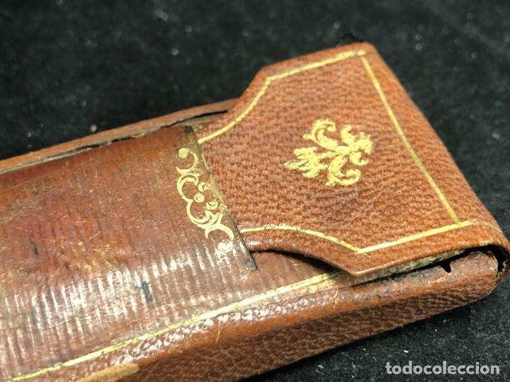 Antigüedades: Gafas antiguas de colección, montura de oro 12 K, siglo XIX, estuche de piel. Tipo Quevedo - Foto 10 - 289538323