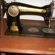 Antigüedades: ANTIGUA MAQUINA DE COSER SINGER-COMPLETA-AÑO 1926. Lote 289562618