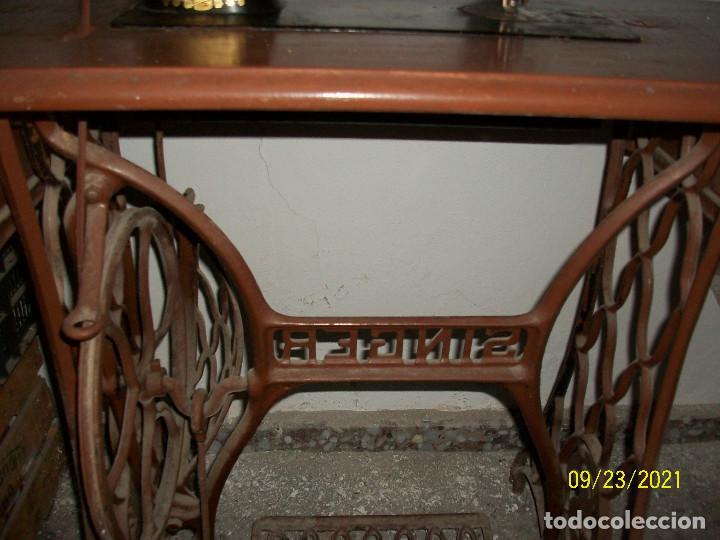 Antigüedades: ANTIGUA MAQUINA DE COSER SINGER-COMPLETA-AÑO 1926 - Foto 7 - 289562618