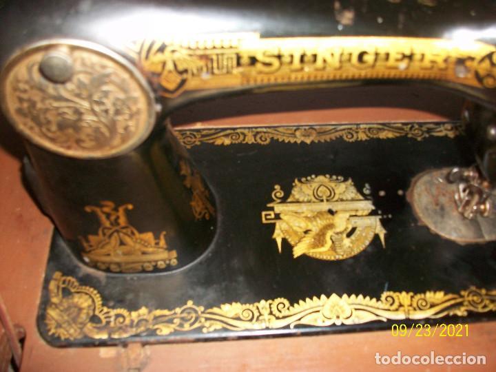 Antigüedades: ANTIGUA MAQUINA DE COSER SINGER-COMPLETA-AÑO 1926 - Foto 8 - 289562618