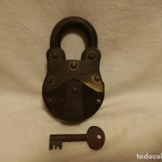 Antigüedades: ANTIGUO CANDADO WATTAN IND NADEEM LOCK Nº585 - NADEEM LOCK 6 LEVERS. Lote 289617468