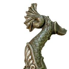 Antigüedades: ANTIGUA ESCULTURA DE HIERRO FORJADO DE PEZ,ANIMAL MITOLÓGICO.. Lote 289701953