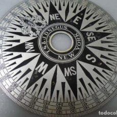 Antigüedades: BARCO PLACA BRONCE ROSA AZIMUTAL MADE IN USA AÑOS 40. Lote 293504698