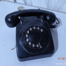 Teléfonos: ANTGUO AÑOS 50 Y BONITO TELEFONO DE BAQUELITA, TOTALMENTE COMPLETO YT EN BUEN ESTADO. Lote 293751223