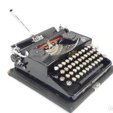 Antigüedades: MAQUINA DE ESCRIBIR VINTAGE ERIKA MOD.5 AÑO 1935 TYPEWRITER SCHREIBMASCHINE. Lote 294034898