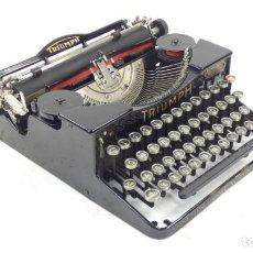 Antigüedades: ANTIGUA MAQUINA DE ESCRIBIR PORTÁTIL TRIUMPH AÑO 1930 TYPEWRITER SCHREIBMASCHINE. Lote 294154833