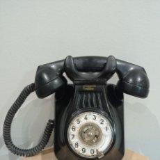 Teléfonos: TELÉFONO ANTIGUO DE PARED STANDARD ELÉCTRICA DE BAQUELITA. Lote 294937853