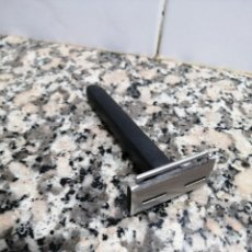 Antigüedades: ANTIGUA MAQUINILLA DE AFEITAR FILOMATIC - INOX. Lote 295765993