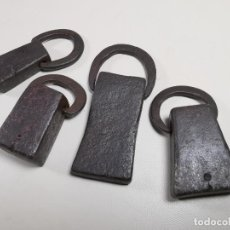 Antigüedades: LOTE 4 PESAS PONDERALES CATALANA -CATALUÑA-FORJA MANUAL SIGLO XIX--MISMA PROCEDENCIA. Lote 296958298