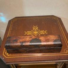 Antigüedades: FANTÁSTICO AFILA NAVAJAS ANTIGUO. Lote 297088603