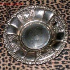 Antigüedades: BANDEJA EN METAL PLATEADO - AÑOS 40 . Lote 2520819