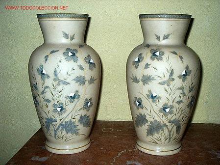 pareja de jarrones de opalina pintados a mano antigedades hogar y decoracin