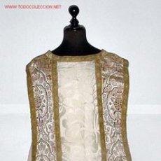 Antigüedades: ANTIGUA Y PRECIOSA CASULLA DE SEDA BORDADA - ROPA RELIGIOSA DE CEREMONIA - IGLESIA - SACERDOTE - MIS. Lote 34604936