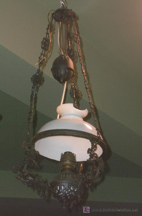PRECIOSO QUINQUE, ORIGINAL, FORJA Y OPALINA. (Antigüedades - Iluminación - Quinqués Antiguos)