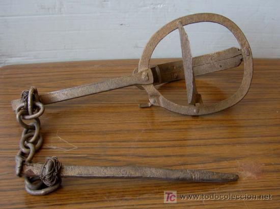 Antigüedades: CEPO de hierro pintado de pulpulina La cadena esta sujeta con alambres - Foto 2 - 17286022