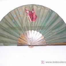 Antigüedades: ABANICO AÑOS 40 DE TELA MADERA PINTADO A MANO. Lote 24097962