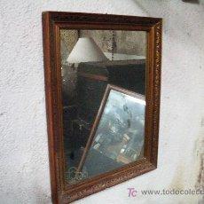 Antigüedades: ANTIGUO ESPEJO MADERA DORADA. Lote 26512900