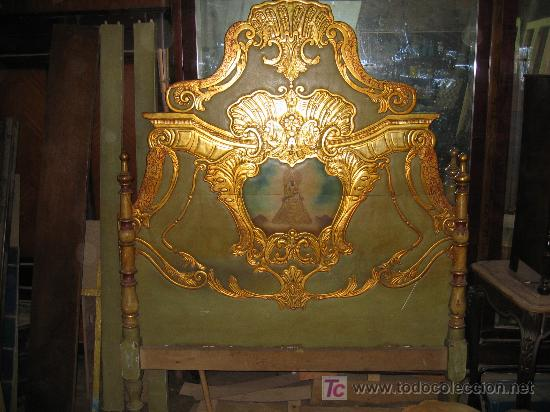 ESPECTACULAR CAMA, MESITAS Y SILLAS (Antigüedades - Muebles Antiguos - Camas Antiguas)