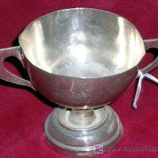 Antigüedades: COPA DE PLATA (¿CAPTAVINOS?). FINA Y ESTILIZADA.TIENE.2 MARCAS DE PLATA.ENVÍO PAGO.VER DESCRIPCIONES. Lote 27034851