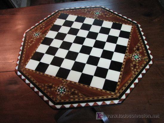 Antigüedades: Mesita de juego con incrustaciones en hueso - Foto 2 - 27249535