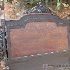Antigüedades: ESPECTACULAR CAMA COMPLETA DE MADERA DE CHICARANDA POR RESTAURAR. Lote 26520552