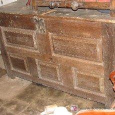 Antigüedades: ESPECTACULAR ARCON NAVARRO DE MADERA DE ROBLE MACIZA. SIGLO XVIII. Lote 26577081