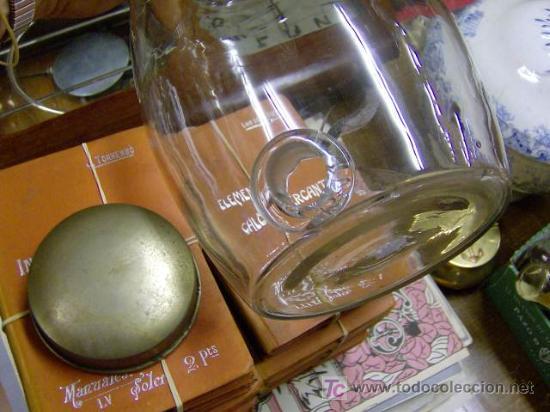 Antigüedades: ANTIGUO BARRILETE DE VIDRIO CON ENTRADA DE GRIFO Y TAPA DE METAL. APROX 1950, perfumes + INFO - Foto 3 - 26740167