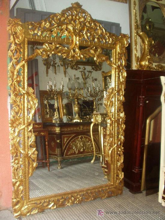 Majestuoso y se orial espejo luis xv madera mac comprar for Espejos antiguos grandes