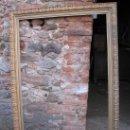 Antigüedades: GRAN MARCO DORADO DE MADERA TALLADA.. Lote 27249526
