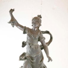 Antigüedades: FIGURA EN CALAMINA. S. XIX. Lote 22227013