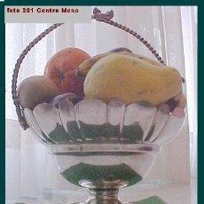 Antigüedades: CENTRO FLORES CESTA FRUTERO BANDEJA MESA COMEDOR. Lote 26855832