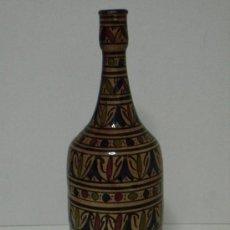 Antigüedades: BOTELLA DECORATIVA. Lote 20249818