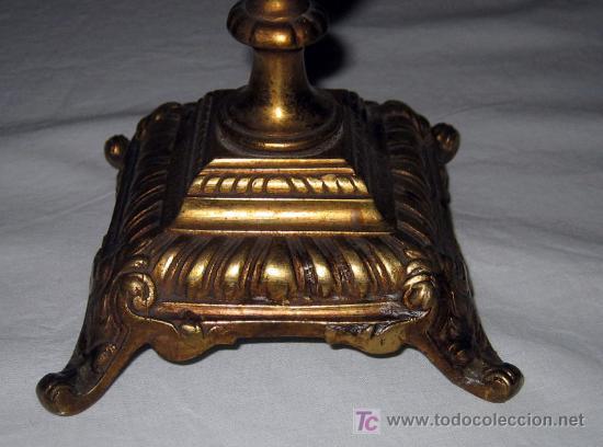 Antigüedades: ANTIGUA PAREJA DE CANDELABROS FRANCESES - MUY BONITOS Y ELEGANTES - FINALES DEL SIGLO XVIII - BRONCE - Foto 7 - 33548192