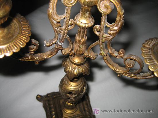 Antigüedades: ANTIGUA PAREJA DE CANDELABROS FRANCESES - MUY BONITOS Y ELEGANTES - FINALES DEL SIGLO XVIII - BRONCE - Foto 8 - 33548192