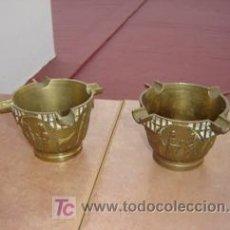 Antigüedades: PAREJA DE CENICERO DE BRONCE. Lote 7174593