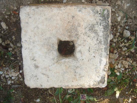 FRONTAL ANTIGUO DE PIEDRA PARA FUENTE. 44X45 CMS. (Antigüedades - Técnicas - Rústicas - Agricultura)