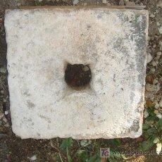 Antigüedades: FRONTAL ANTIGUO DE PIEDRA PARA FUENTE. 44X45 CMS.. Lote 27235680