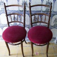 Antigüedades: PAREJA DE SILLAS MADERA DE HAYA, 90CMS DE RESPALDO, PERFECTAMENTE CUIDADAS. Lote 26787181