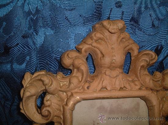 Antigüedades: MARCO DE TERRACOTA RELIEVE, FF.SG.XIX. 1870 -1890. 28 CM. X 21 CM. - Foto 2 - 10107987
