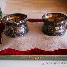 Antigüedades: PORTA CERVILLETAS DE PLATA ,CON ESTUCHE.CIRCA 1895.. Lote 27150036