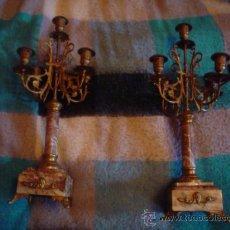 Antigüedades: CANDELABROS MUY ANTIGUOS DEL SIGLO XIX EN BRONZE Y MARMOL.. Lote 23472764